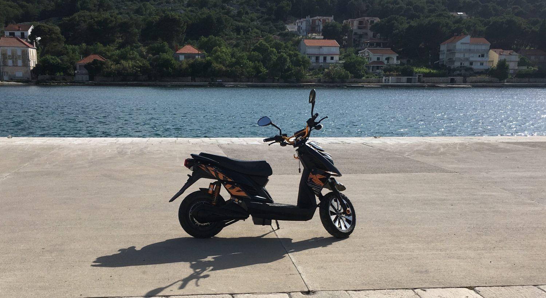 Sam E-bike Croatia [crop]