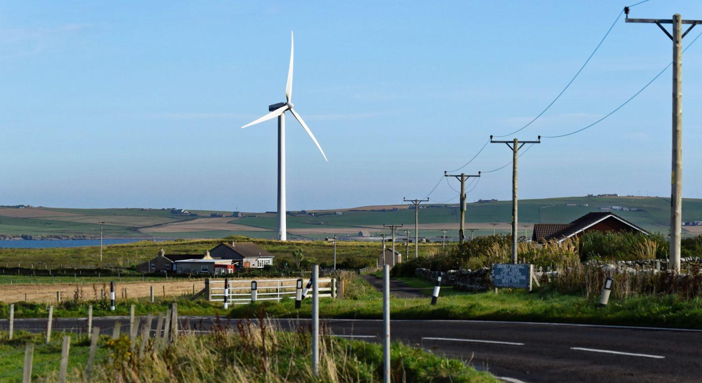 wind-turbine-1008679_1920